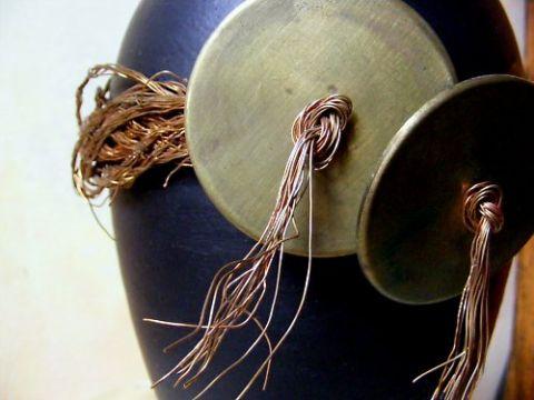 Designová černá váza