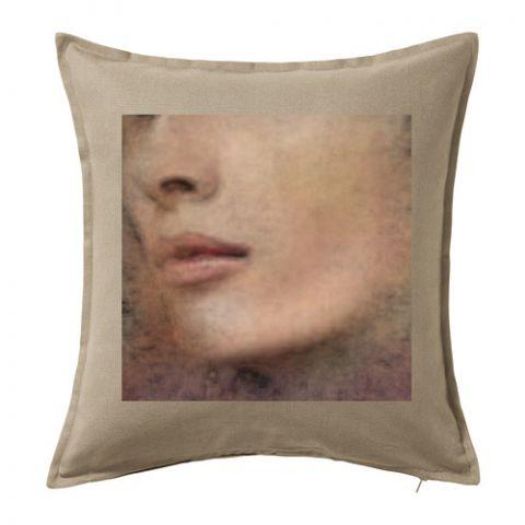Dekorační polštář ,,Woman,,