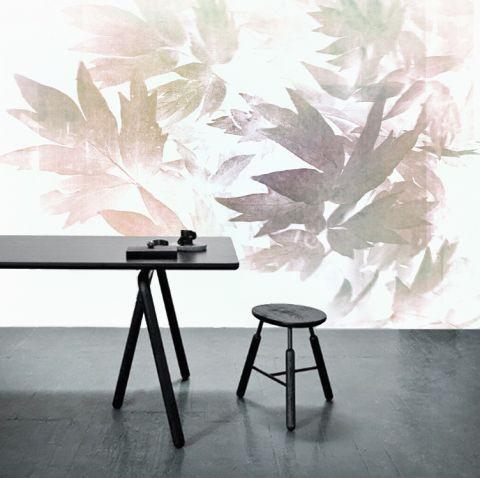 Luxusní vliesová tapeta Leaves of peony